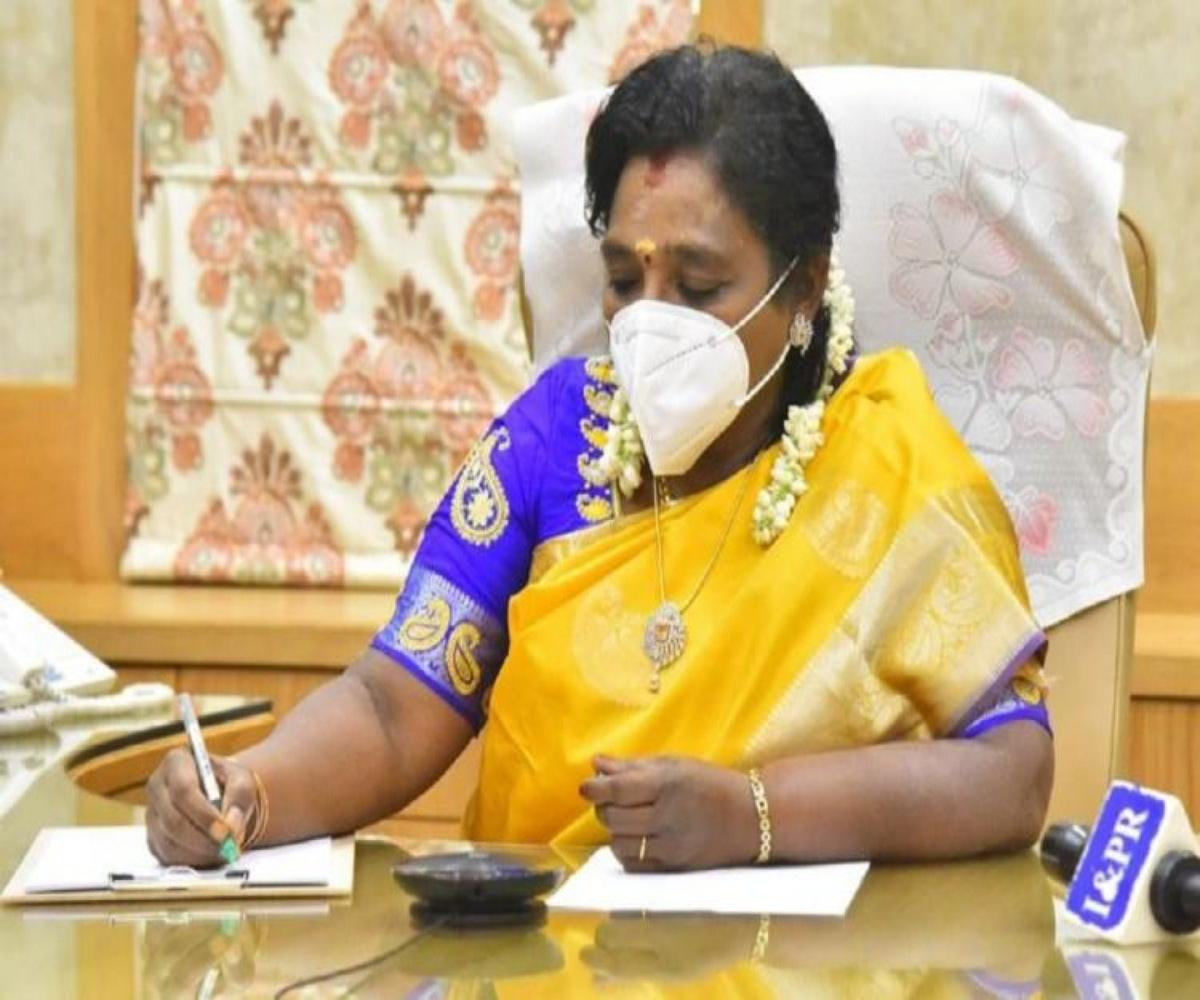governor-t-soundararajan-urges-private-hospitals-to-build-confidence-among-the-middle-class-people-