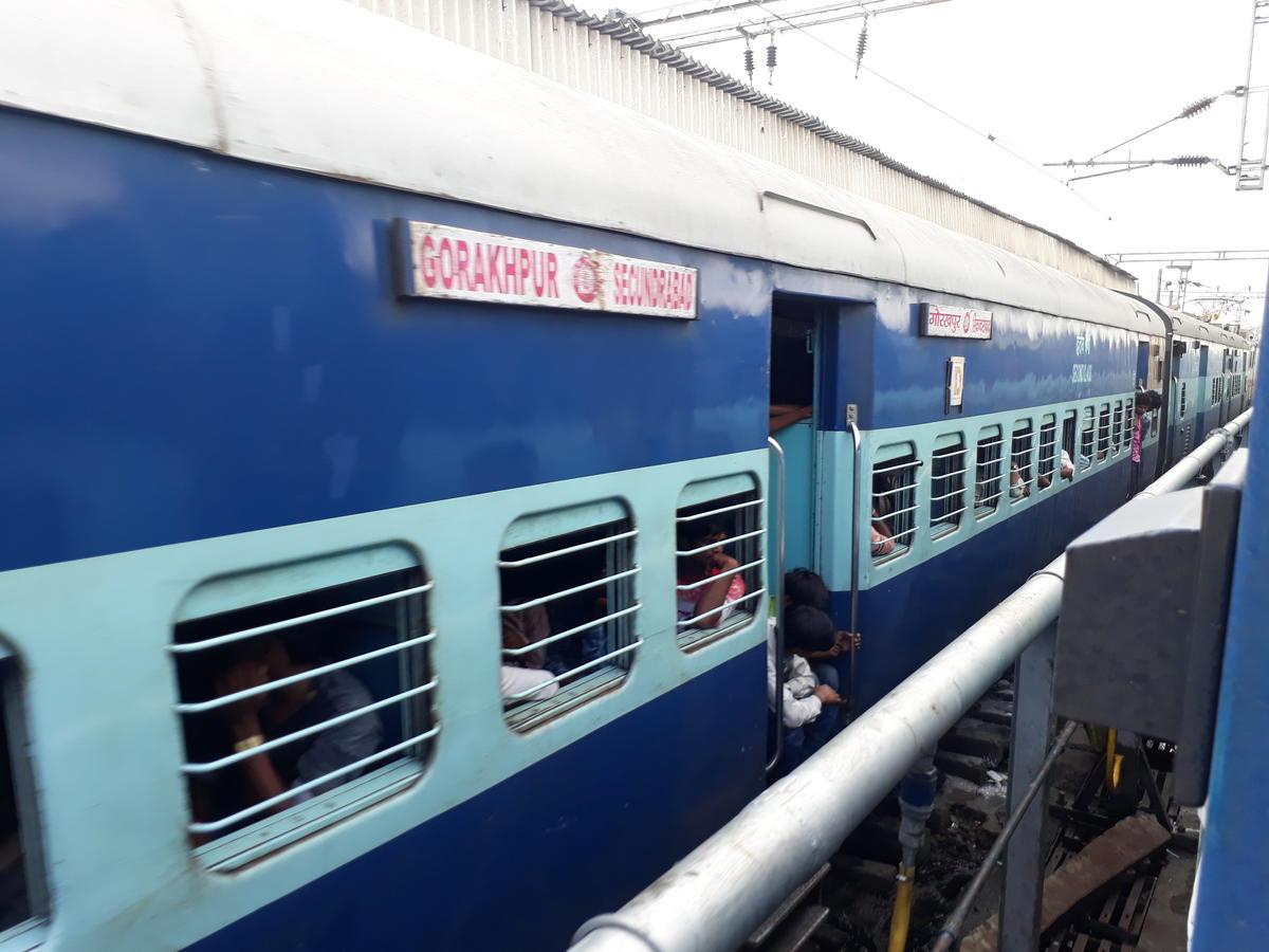 Secunderabad-Gorakhpur train to depart at 11pm today