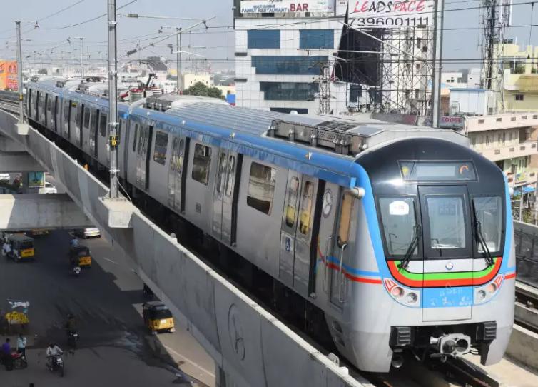 Hyderabad Metro Rail service will be opened between Miyapur-LB Nagar stretch in June 2018: KTR
