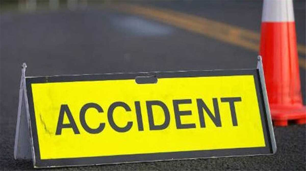 Six dead in car-truck collision at Chevella near Hyderabad