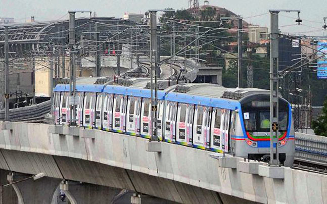 Hyderabad Metro Rail works to be completed by July 2017