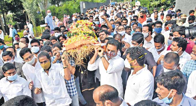 Telangana bids tearful adieu to Nayani