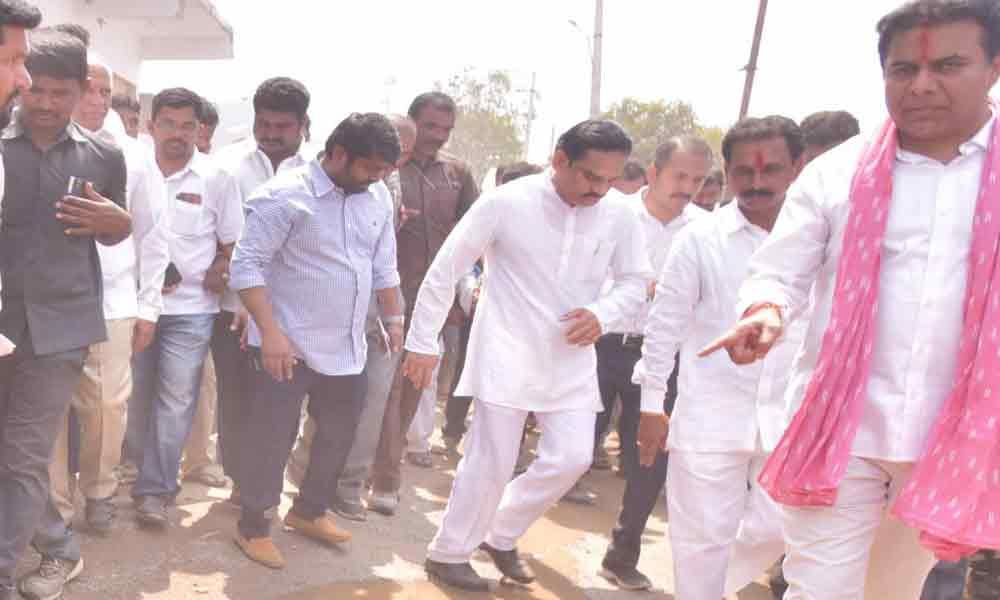 Pattana Pragathi programme: KTR visits Devarkonda in Nalgonda district