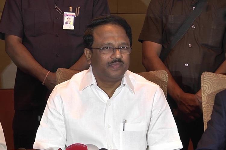Government will provide more facilities in Kondapur hospital: Laxma Reddy
