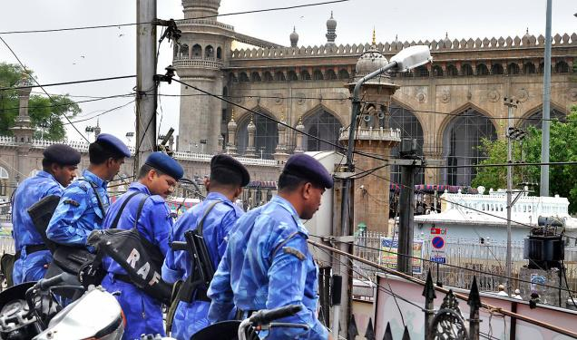 Heavy police bandobast for Mecca Masjid blast anniversary