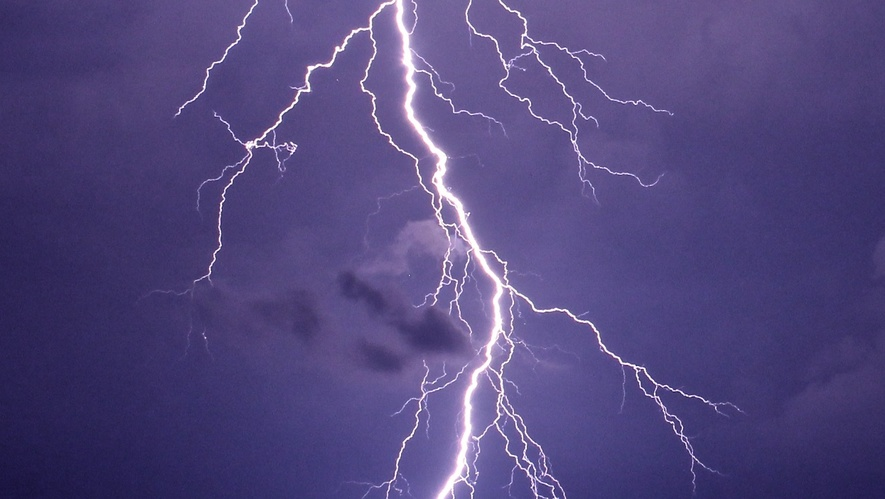 Thunderstorm likely in different parts of Telangana today