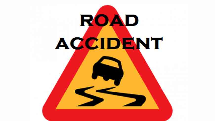 Three dead and two injured in road accident in Kamareddy