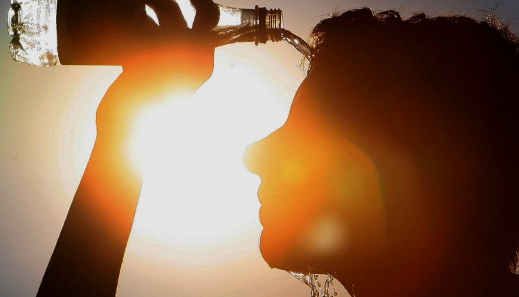 Hyderabad sizzles at 42.5 degree Celsius
