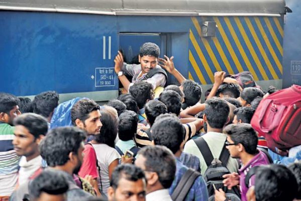 SCR creates record by ferrying 1.24 lakh passengers