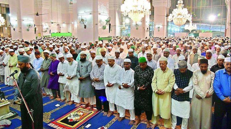 Ramzan begins in Hyderabad