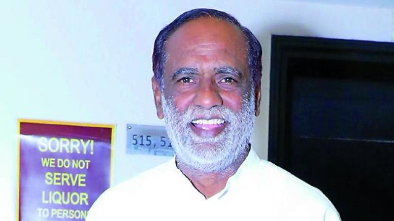 Dr K Laxman seeks K Chandrasekhar Rao apology to soldiers