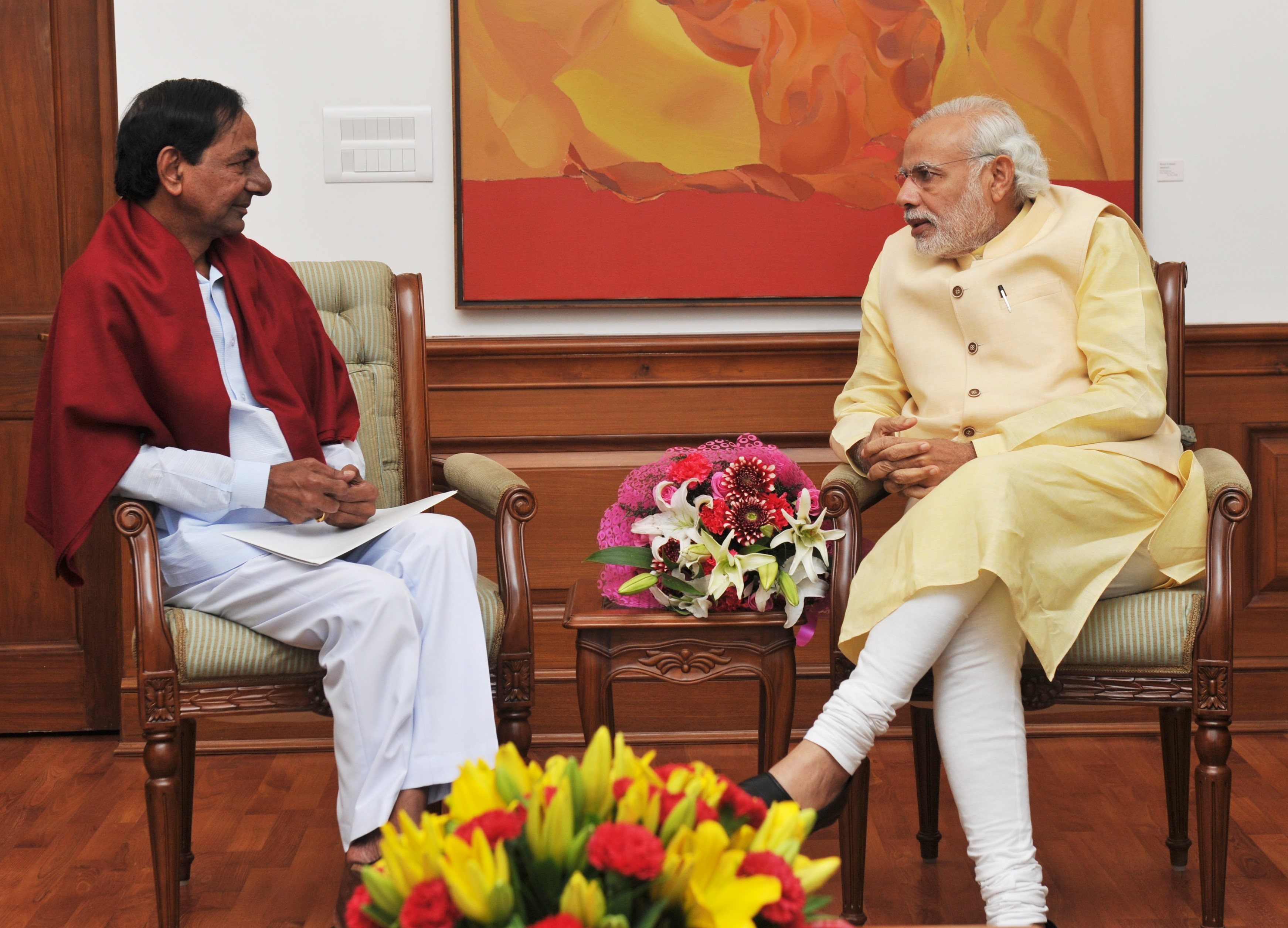 KCR meets PM; Bats for HC division, seeks Rs 3,064 cr drought relief
