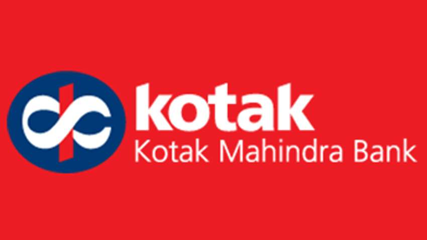 Kotak launches Sunrisers Hyderabad themed debit and credit cards