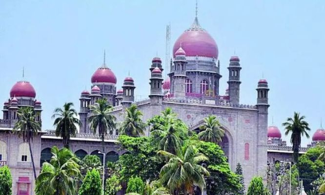 Telangana High Court directs the GHMC to regularise the sanitation staff