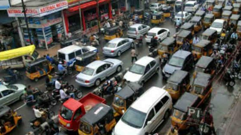 trafficrestrictionstobeimposedforhyderabad10krun