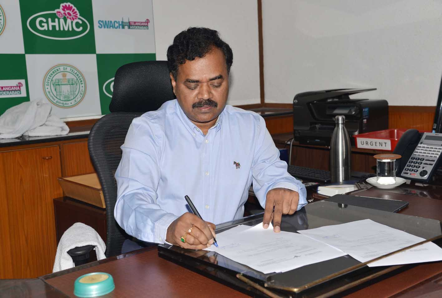 GHMC chief Dana Kishore inspects development works in Old City