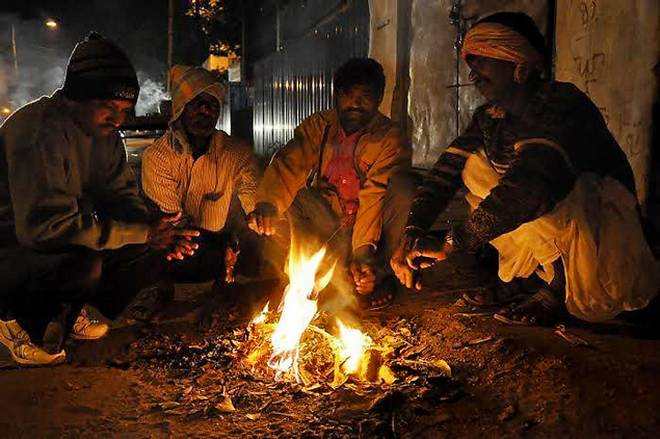 Cold waves continue in Telangana State