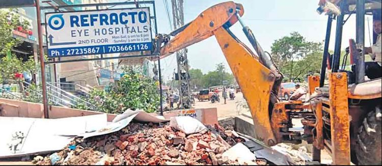 GHMC demolished 78 encroachments at Suchitra