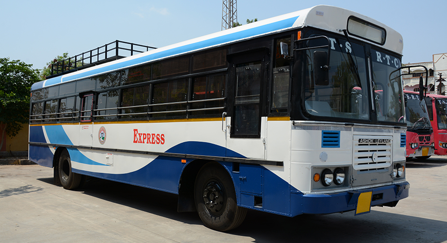 TSRTC operates 6,557 buses on Monday