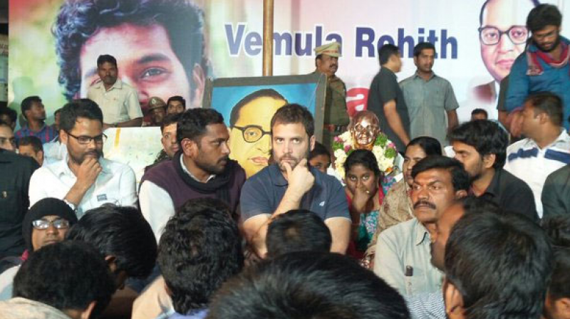 Rahul joins hunger strike in Hyderabad
