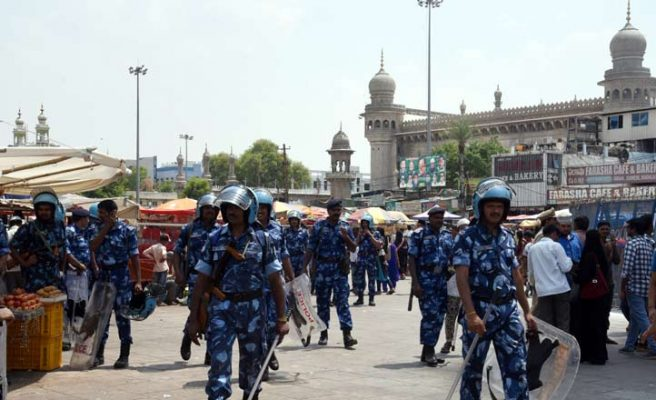 Tight security for Mecca Masjid blast anniversary