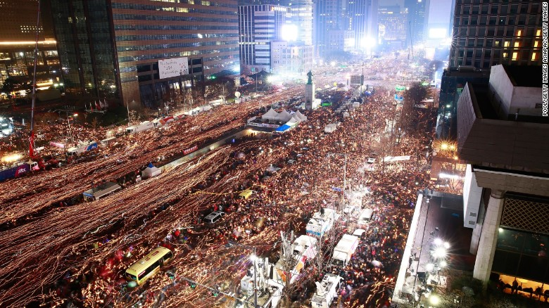 Growing South Korean protests demand President Park