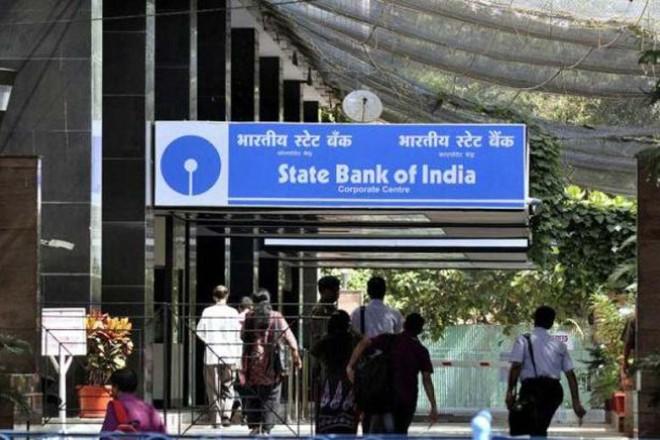 SBI cuts benchmark lending rate by 0.05 pc across maturities