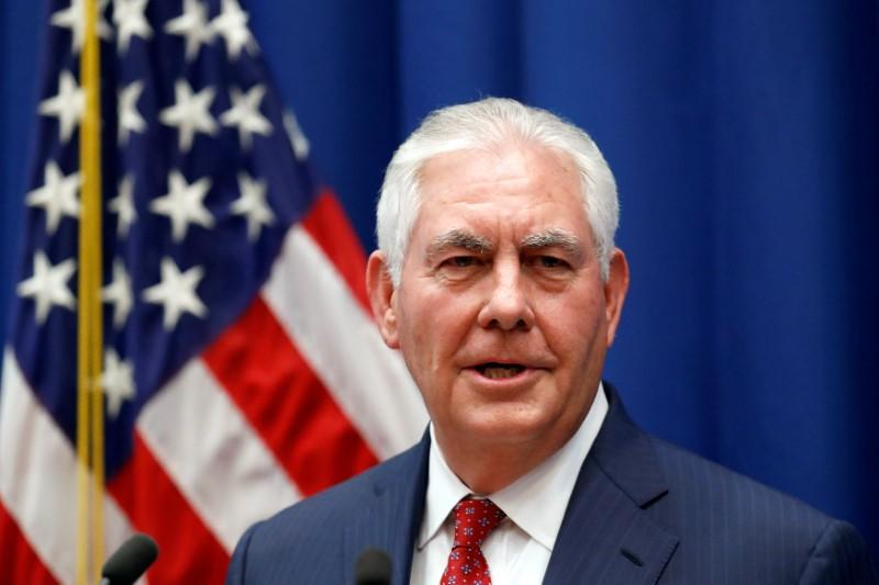 US Secretary of State Rex Tillerson speaks with Myanmar Army Chief Min Aung Hlaing