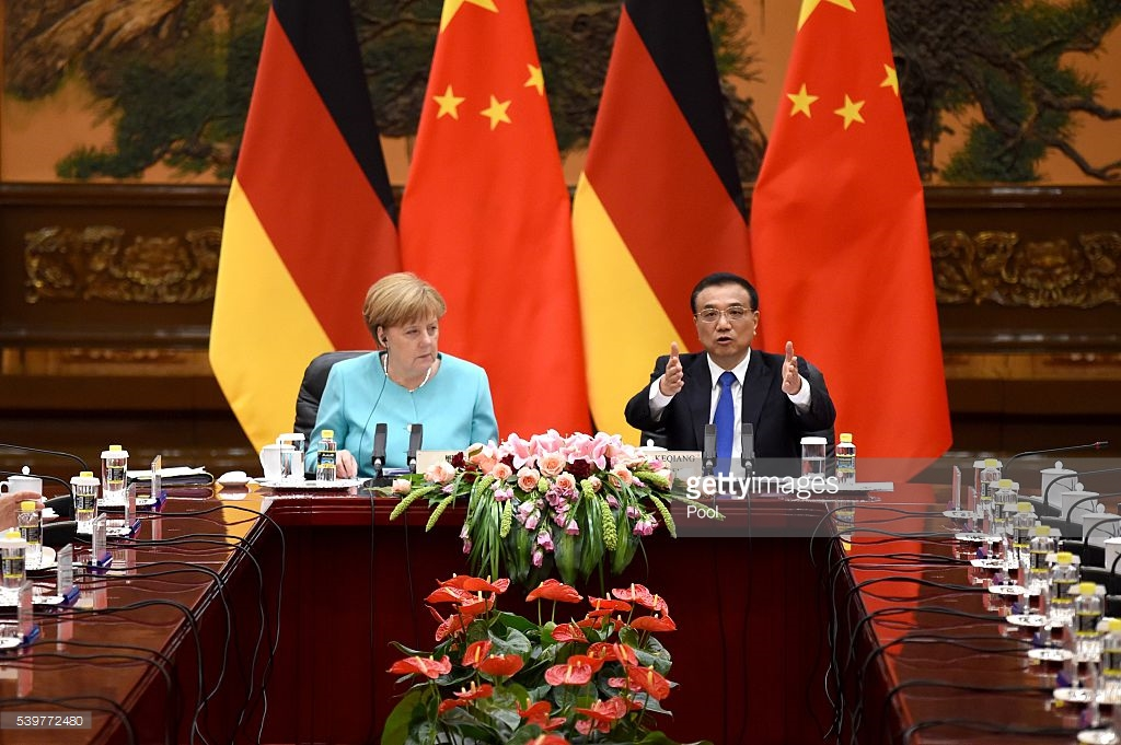 Angela Merkel meets with Chinese Premier amid trade concerns