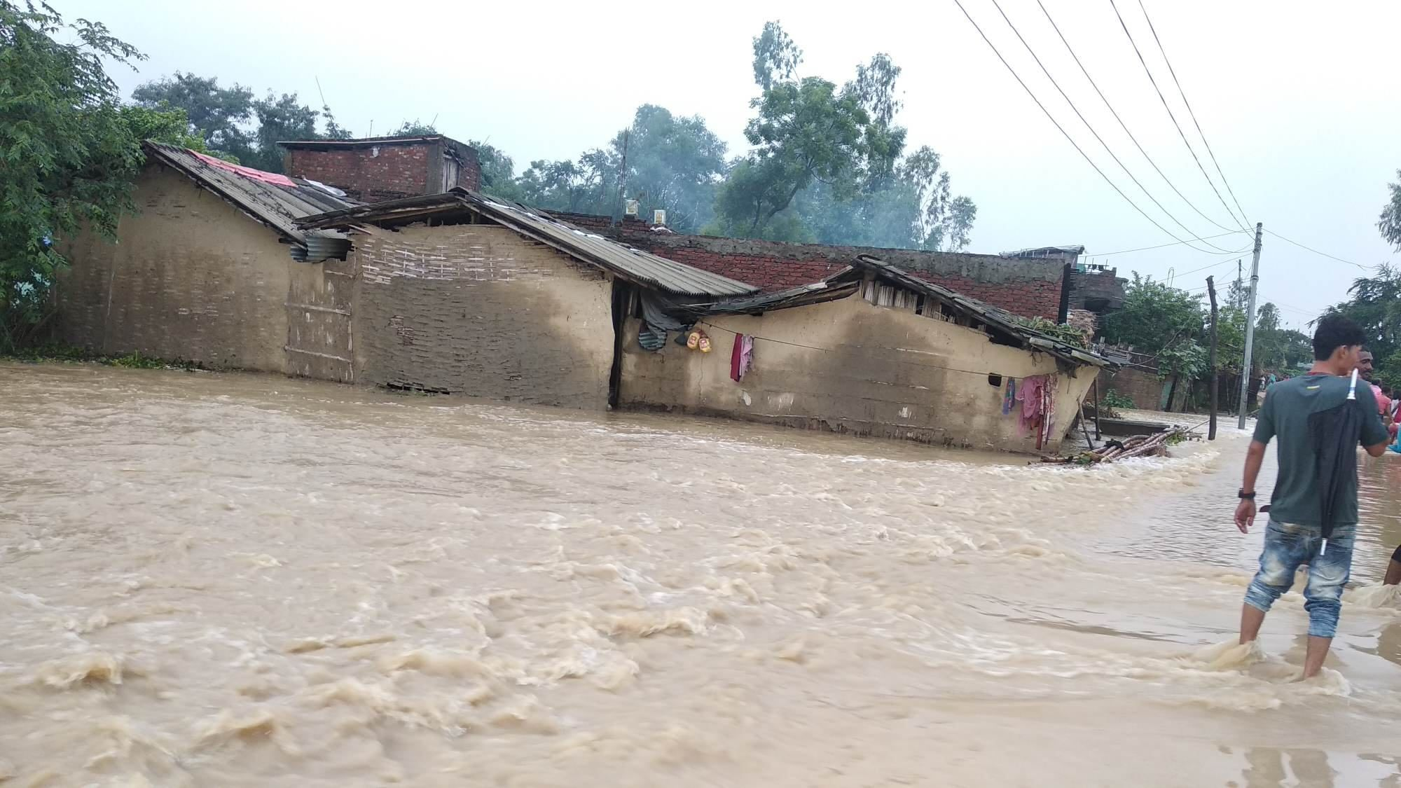 Death toll in Nepal floods and landslide reaches 60
