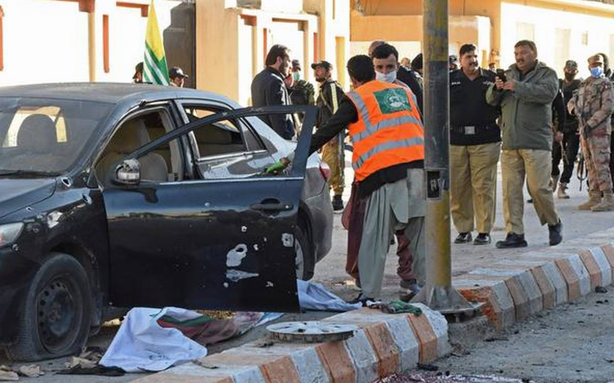 4 Pakistani security personnel killed, attack claimed by BLA