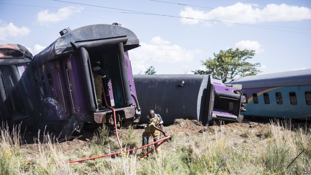 18 killed in train accident in South Africa