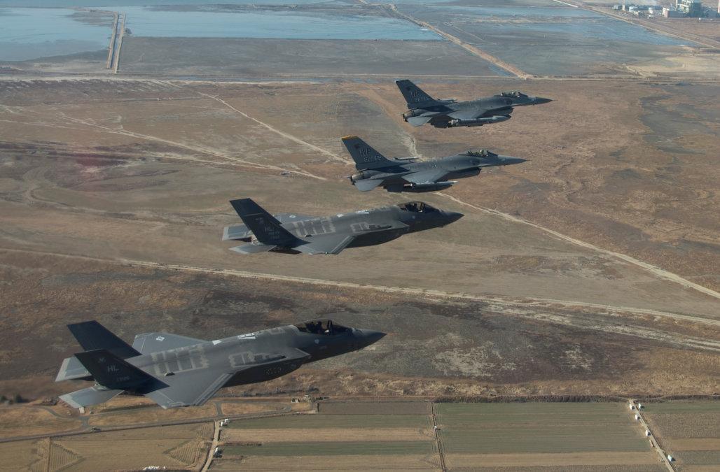 Japan, US,South Korea to hold missile tracking drill amid North Korea crisis