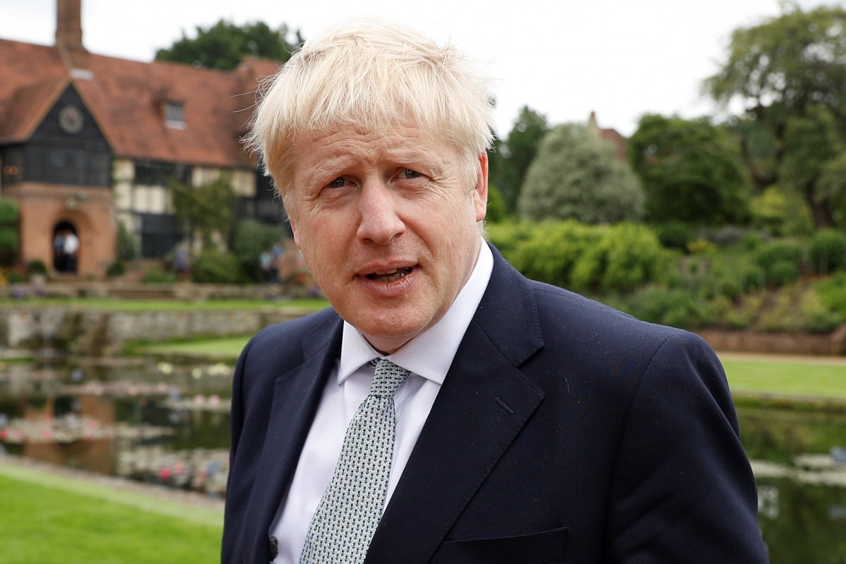 Boris Johnson returns to London to drum up support for Brexit deal