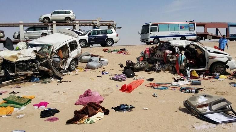 Eight Arabs die in horrific Oman road collision