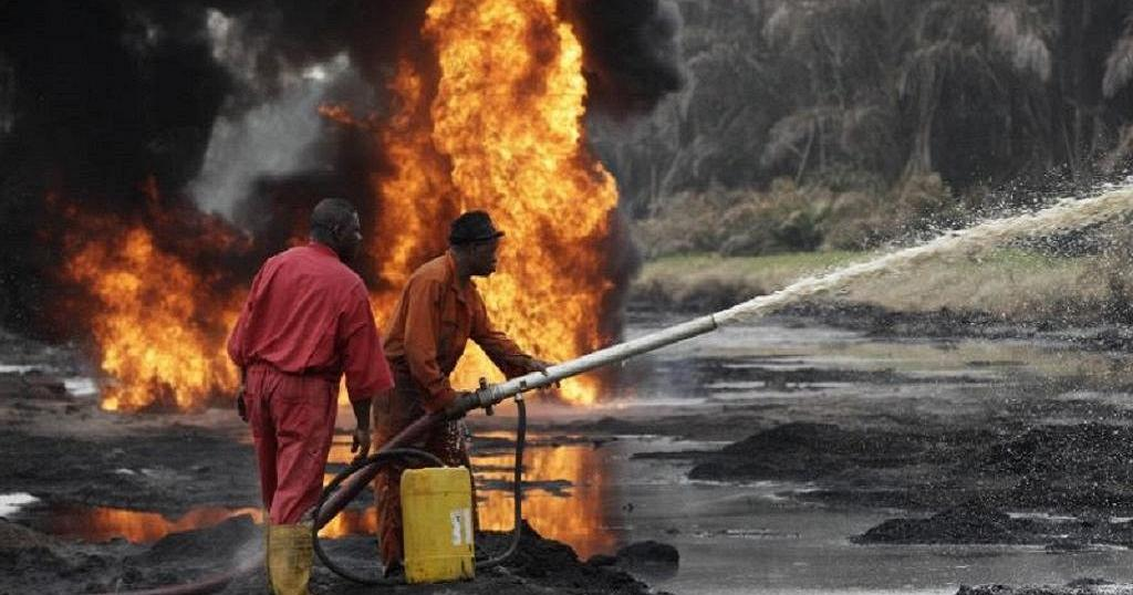 At least 8 killed in Nigeria oil pipeline blast