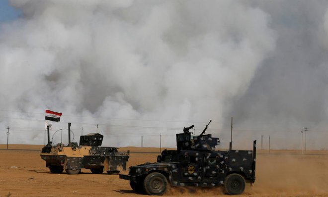 Burning sulfur near Mosul sends hundreds to hospital