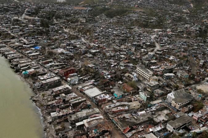Hurricane Matthew claims more than 800 lives in Haiti