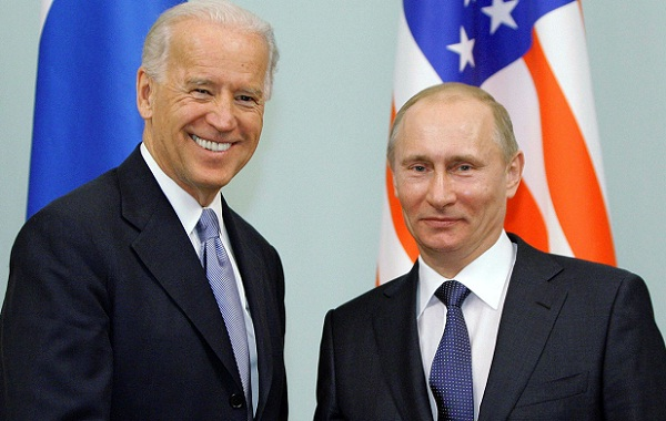 US Prez Biden Calls Up Russian Prez Putin to Reduce Tensions at Ukraine's Border