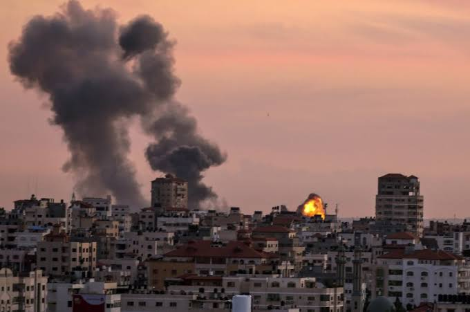 Israeli forces strike Hamas targets in Gaza Strip