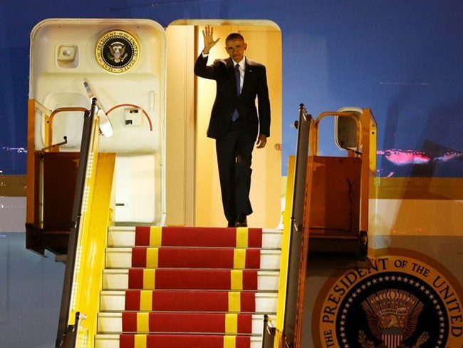 Obama arrives in Vietnam on a three day visit