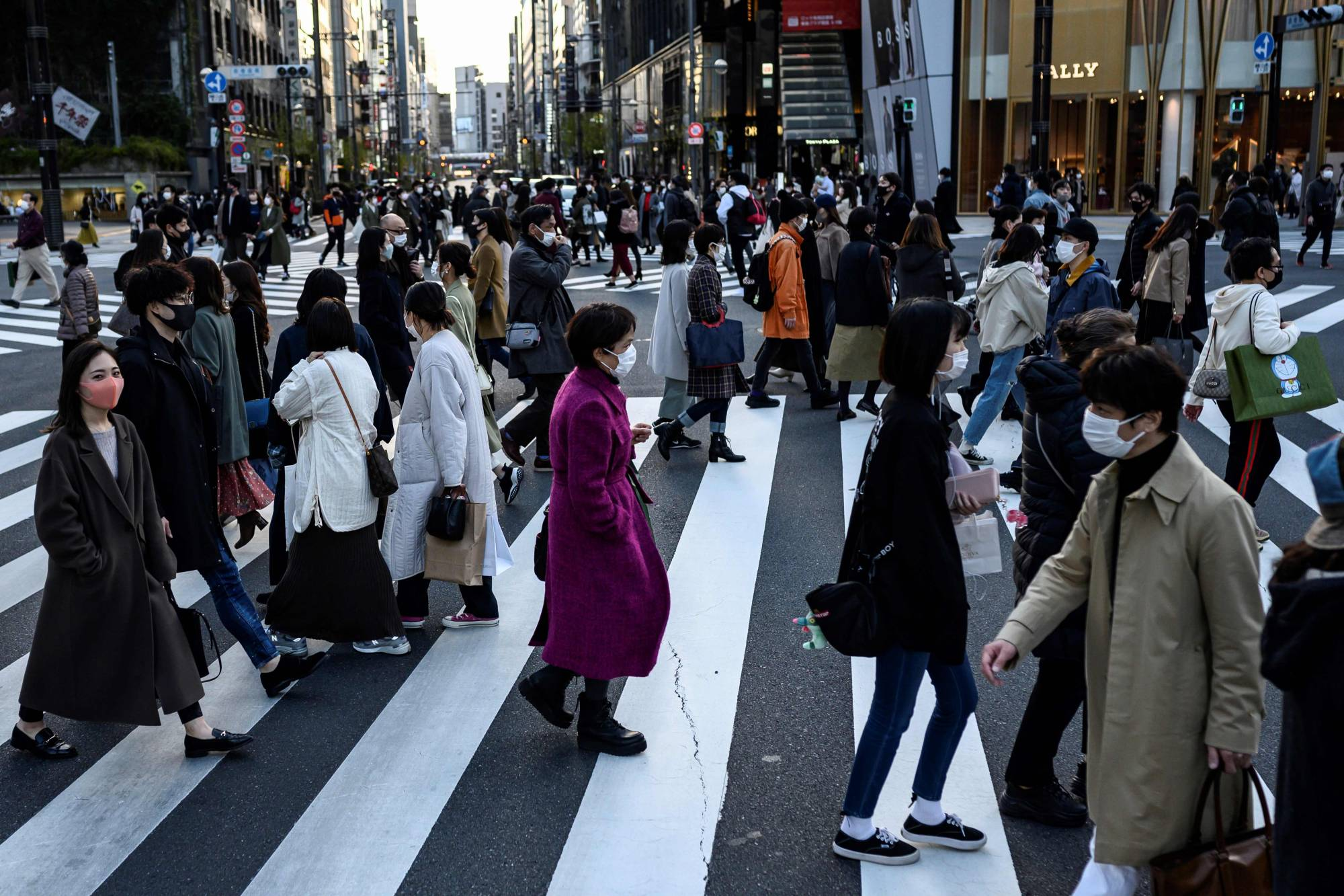 japantowidenvirusemergencyafterrecordspikeamidgames