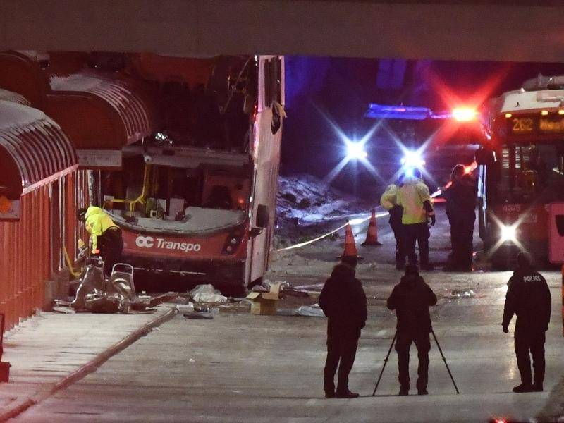3 people died and 23 injured in accident in Canada