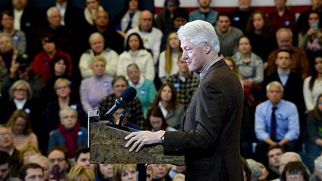 Bill Clinton kicks off tour for wife