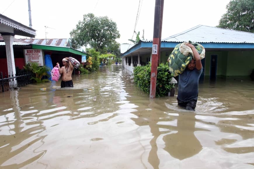 At least 17 dead after severe Sumatra floods in Indonesia