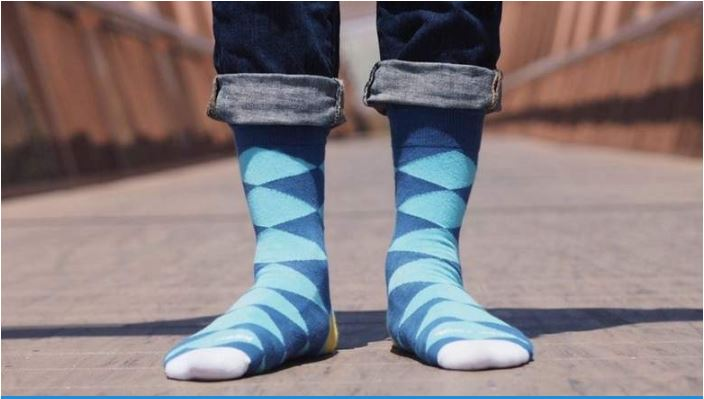 man-lands-in-hospital-after-sniffing-his-own-socks