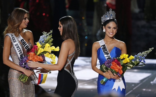 After big mistake, Philippines beauty crowned  Miss Universe 2015