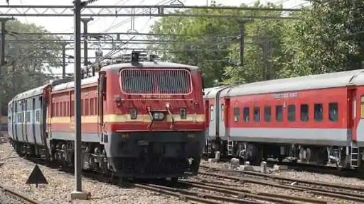 fullrefundoffaresforticketsbookedonorbeforeapril14:indianrailways