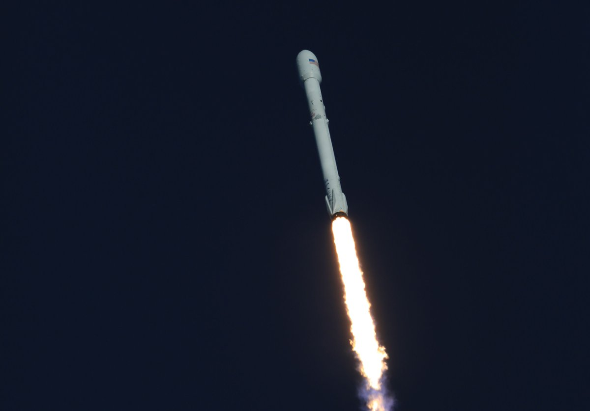 SpaceX halts countdown of first commercial launch of updated Falcon 9 rocket in Florida