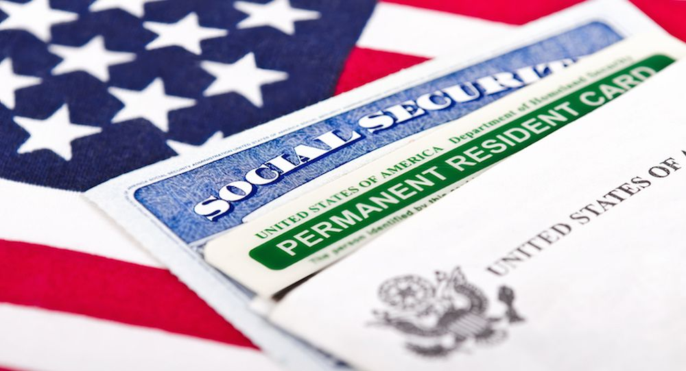 Bills introduced in House and Senate to remove per-country green card limits in US